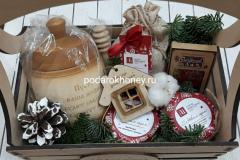 ящик с эко подарками на Новый год