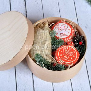подарочный набор в круглой коробке