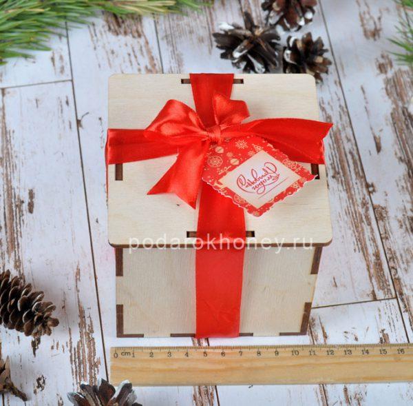 новогодние подарки с логотипом