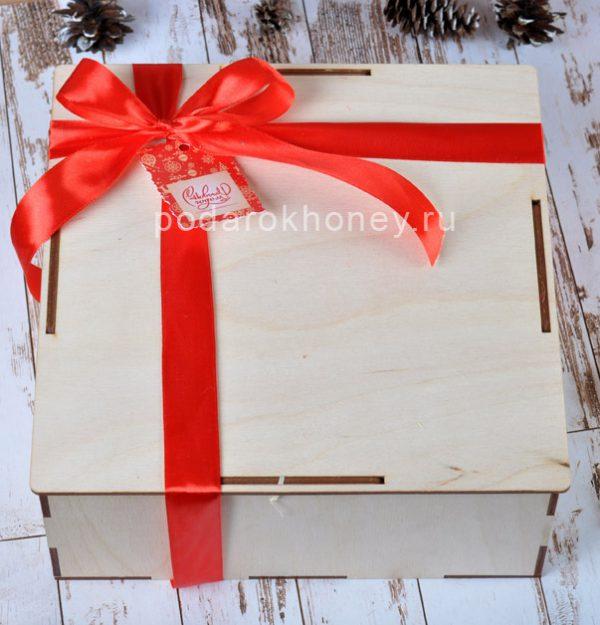 коробочка на Новый год